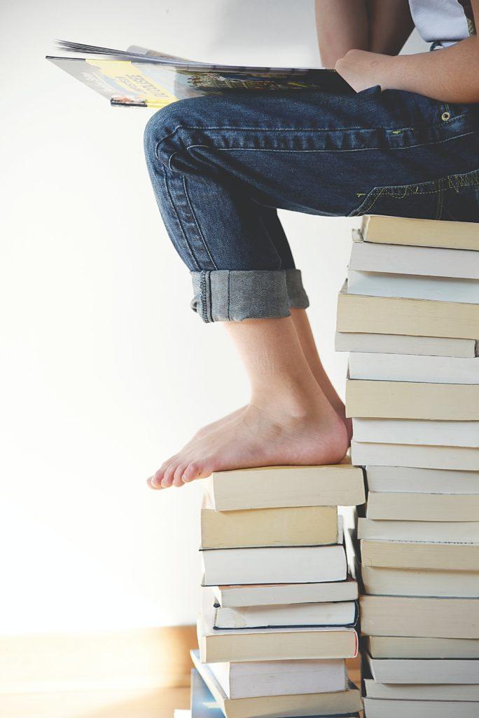 Kleinkinder Bücher helfen beim Wachsen