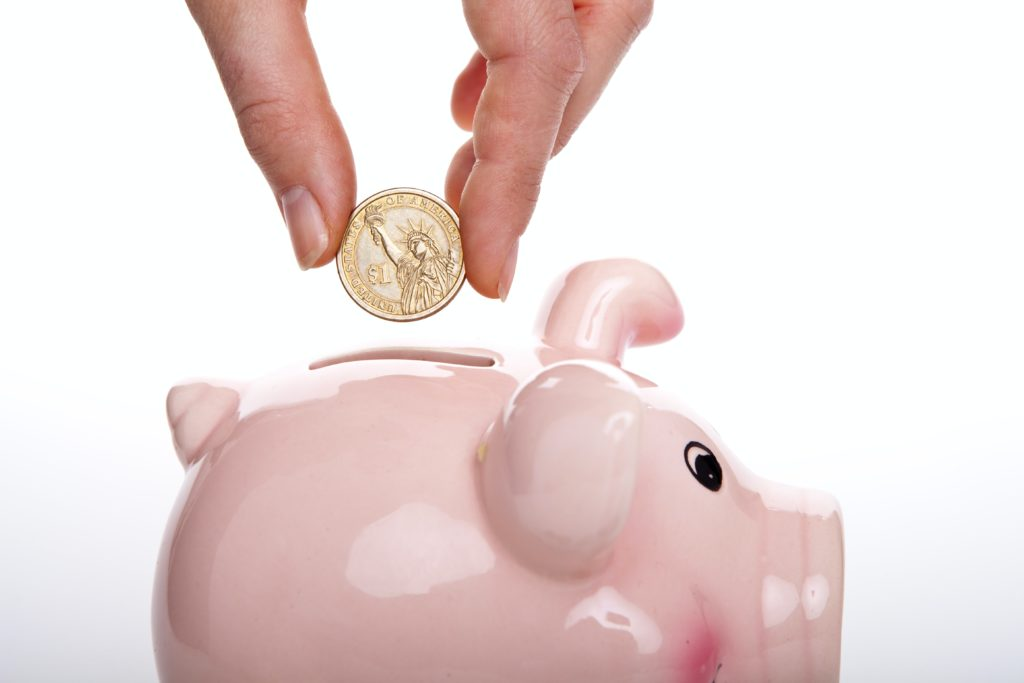 Regelmäßiges Sparen beflügelt den Zinseszins.