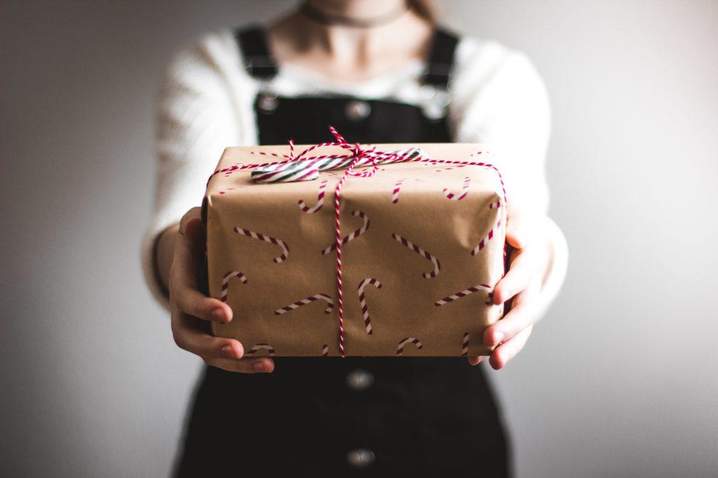 5 Tipps um den Geschenke-Wahnsinn zu stoppen